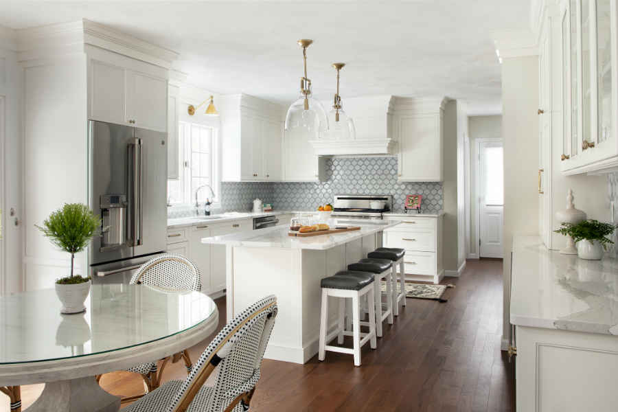 https://vivianrobinsdesign.com/wp-content/uploads/2019/05/Kitchen-Design-Metrowest-Boston.jpg