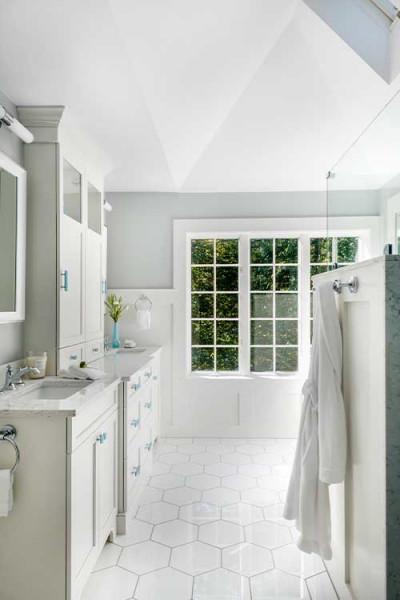 Bright Bathroom Interior Design Boston