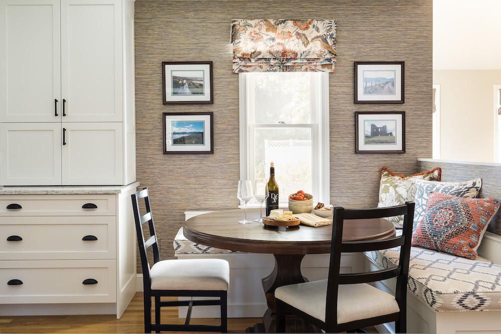 https://vivianrobinsdesign.com/wp-content/uploads/2021/08/kitchen-breakfast-table-dining-table-fabric-bench-interior-design.jpg