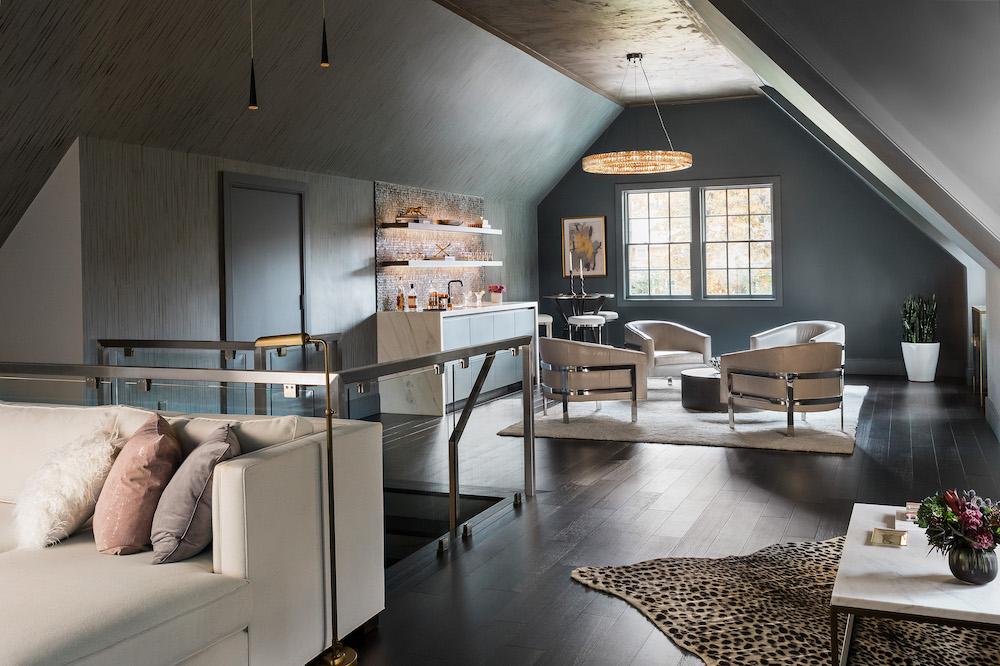 https://vivianrobinsdesign.com/wp-content/uploads/2021/08/loft-interior-design-bar-lounge-vivian-robins-design.jpg